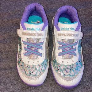 Stride Rite Girls Light-Up Sneakers